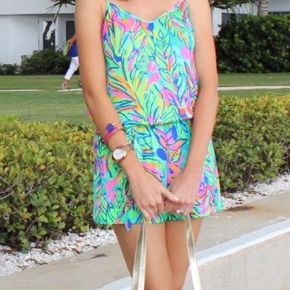 6e22a8e55dd Lilly Pulitzer Pants - Lilly Pulitzer XS Deanna Romper in Hotspot